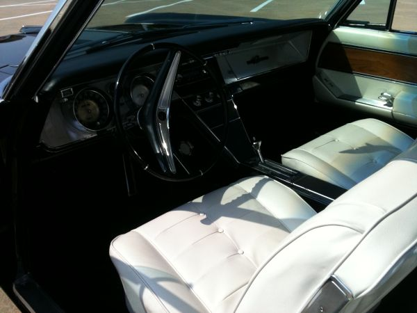 Buick Riviera Interior View on 1965 Buick Lesabre