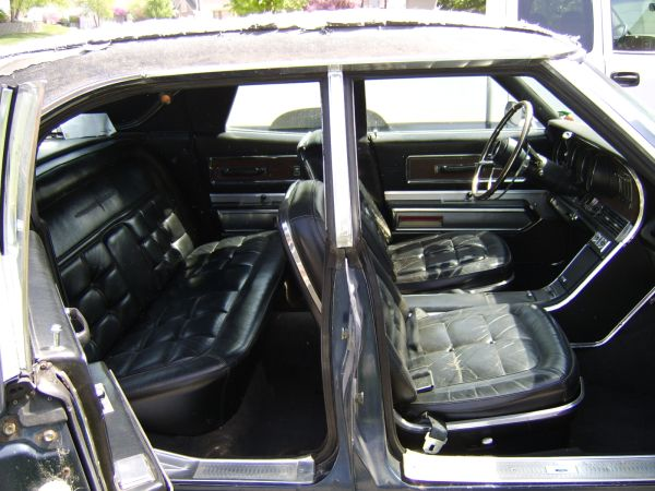 Ford Thunderbird 1967 Sedan Interior